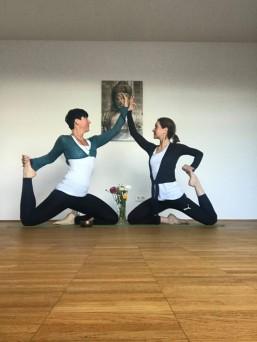 Die Yogalehrer Urse und Anna