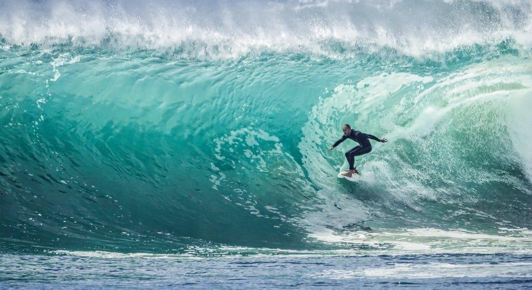 wave-1246560_1920-1